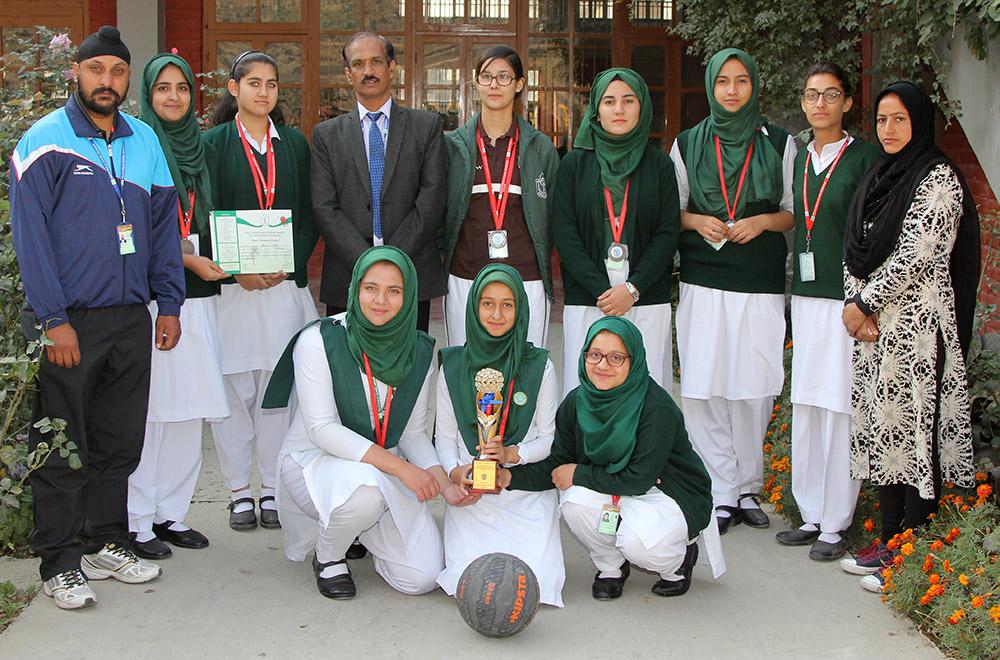 Girls Basketball Team Wins Bronze