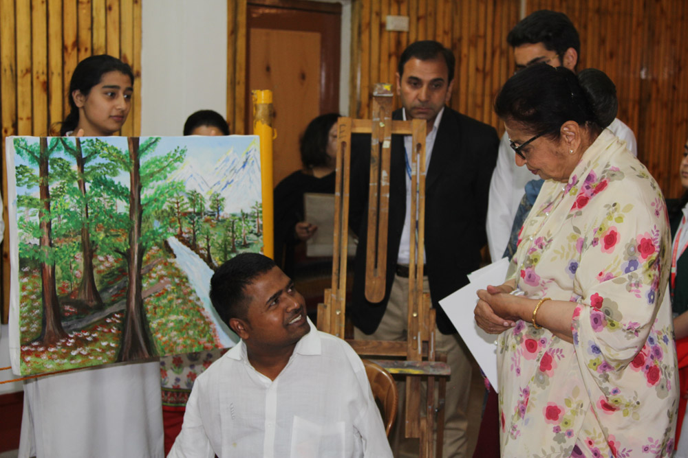First lady inaugurates Art camp for Differently abled