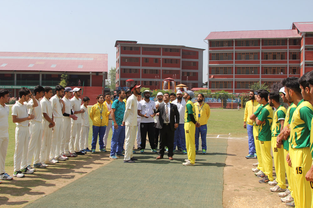 School wins friendly cricket match against Green Valley Educational Institute