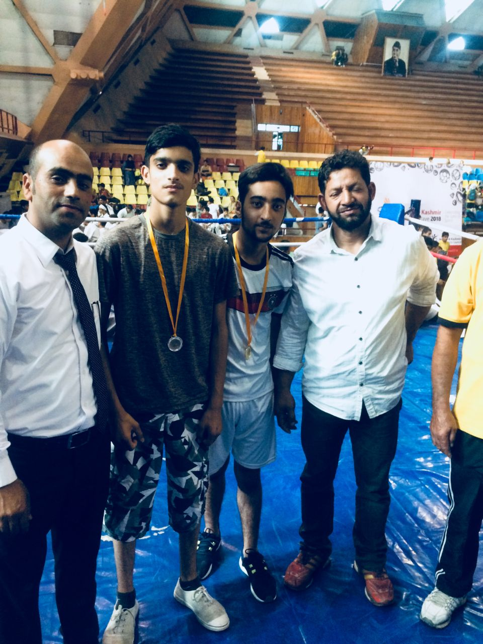 School wins 5 medals in boxing