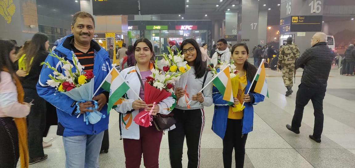 DPS Srinagar girl wins Gold in Skiing at South Korea