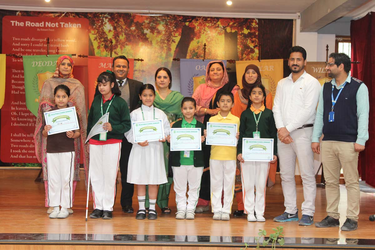 School holds Urdu Story – Telling Competition