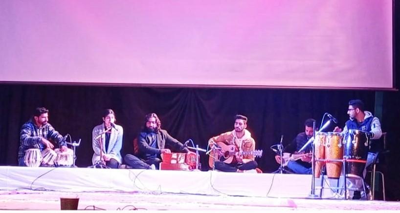 DPS Srinagar Students put in spellbinding performance at Tagore Hall