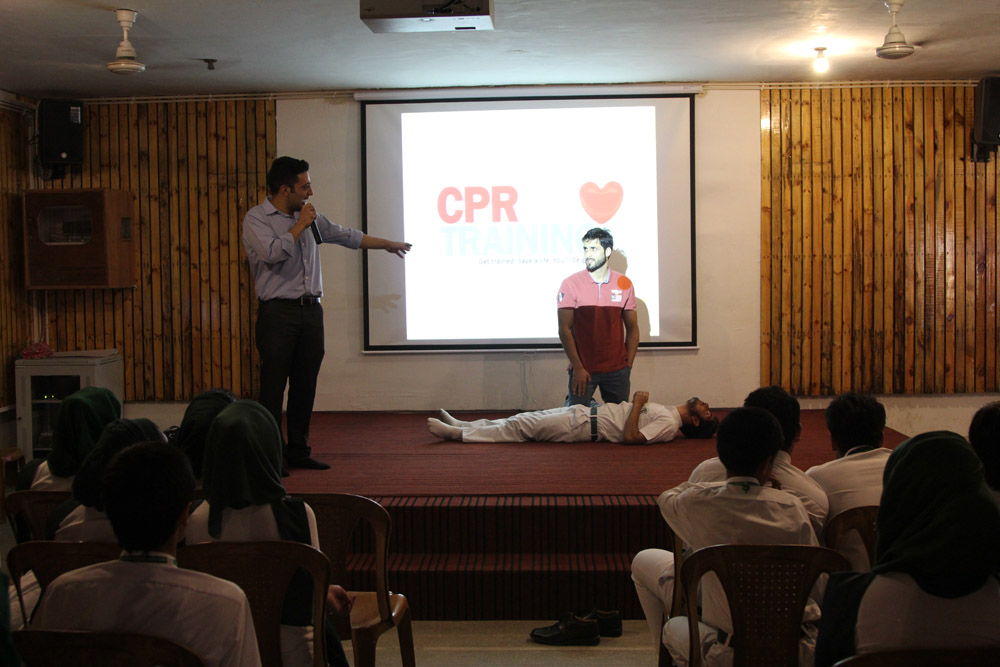 Workshop on CPR training conducted in school