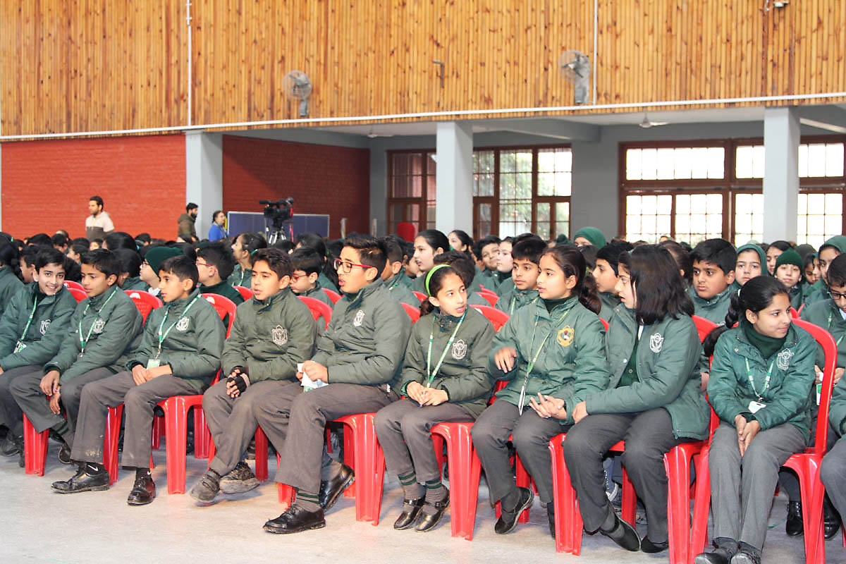 School organizes Inter house Quiz competition